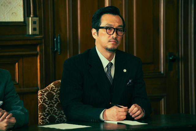 画像: 大鶴義丹 楢橋渡(内閣法制局長)