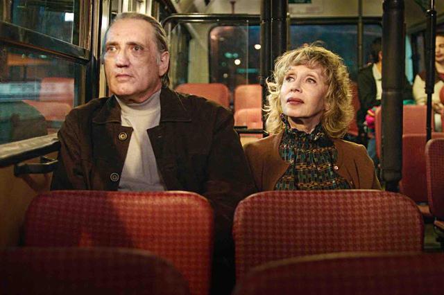 """画像2: """"一番大切な映画""""を13人の劇場関係者に聞く!「どこよりも映画館が似合う映画」と映画愛溢れる本作へラブコール!往年の名作とすべての映画ファンに捧ぐ『声優夫婦の甘くない生活』"""