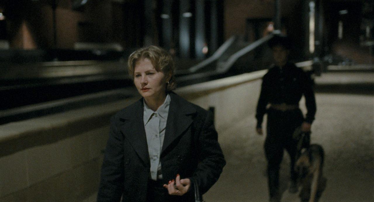 画像4: 莫大な費用と15年もの歳月をかけ「ソ連全体主義」の社会を現代に蘇らせるーー前代未聞の手法で人間の本質に迫る狂気のプロジェクト!ベルリン映画祭銀熊賞受賞『DAU. ナターシャ』