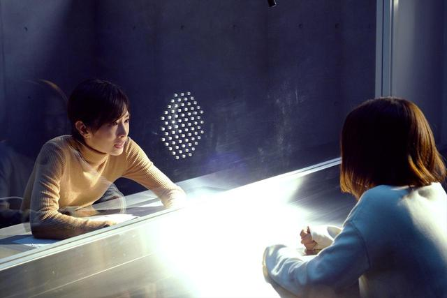 画像: 北川景子と芳根京子の役を超えた感情のぶつかり合い!堤幸彦監督の入念な演出も垣間見える『ファーストラヴ』メイキング映像が解禁!