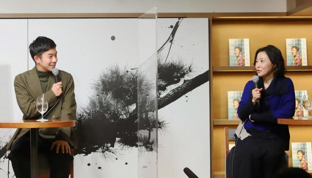画像: 左より:仲野太賀、西川美和監督