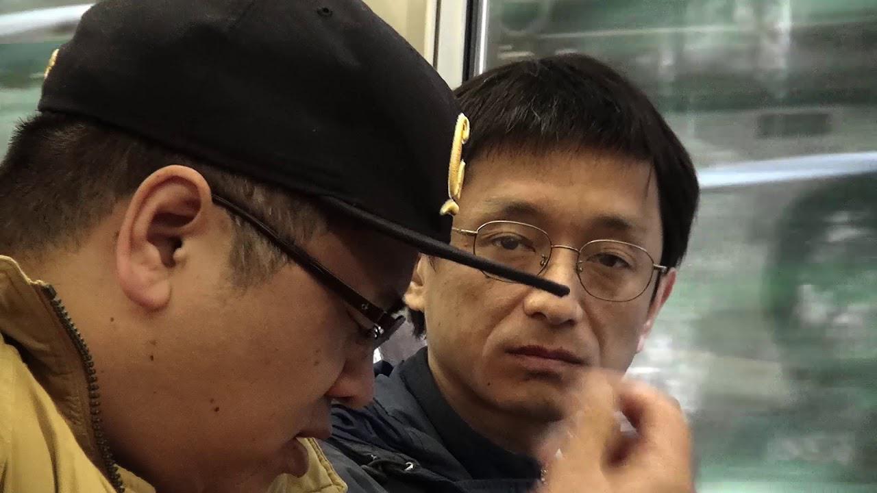 画像: オウム真理教地下鉄サリン事件-被害者である監督が撮った心揺さぶるドキュメンタリー『AGANAI 地下鉄サリン事件と私』予告 youtu.be