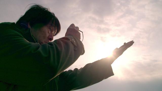 画像: 菅田将暉ナレーションによる写真家・森山大道ドキュメンタリー『過去はいつも新しく、未来はつねに懐かしい 写真家 森山大道』本予告 www.youtube.com