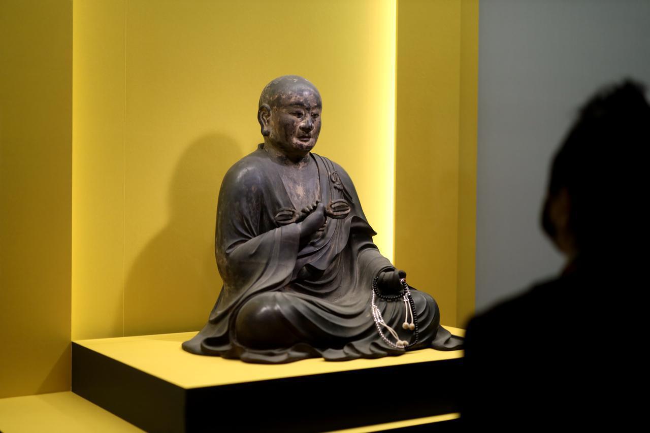 画像: 弘法大師(空海)坐像 鎌倉時代13〜14世紀 奈良・元興寺 重要文化財