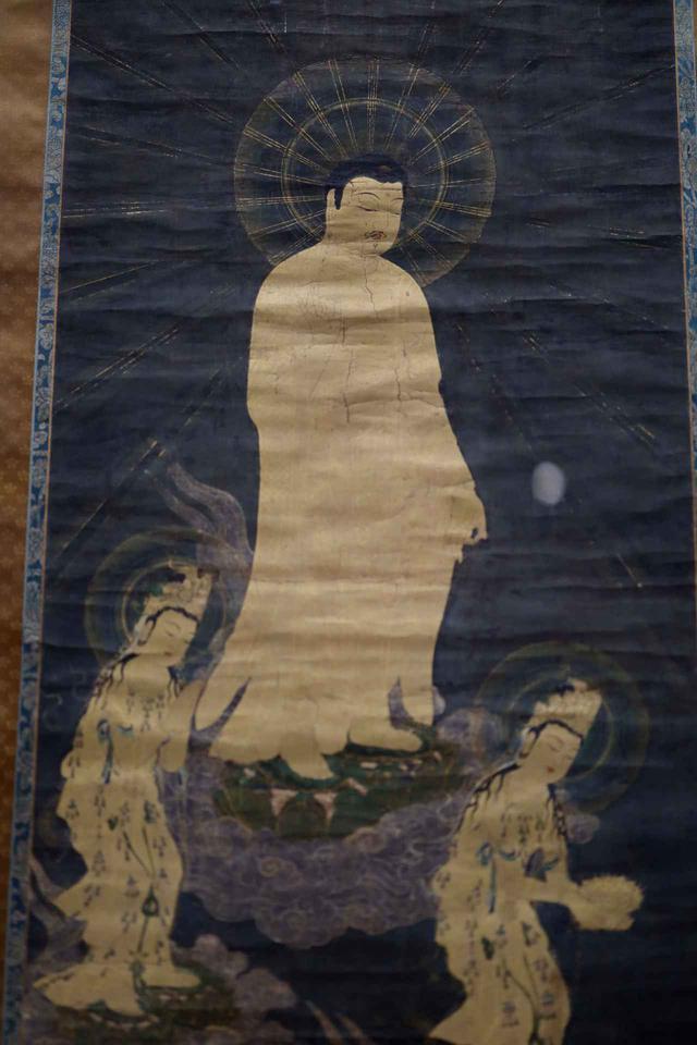 画像: 阿弥陀三尊来迎図 鎌倉時代14世紀 根津美術館蔵(部分)