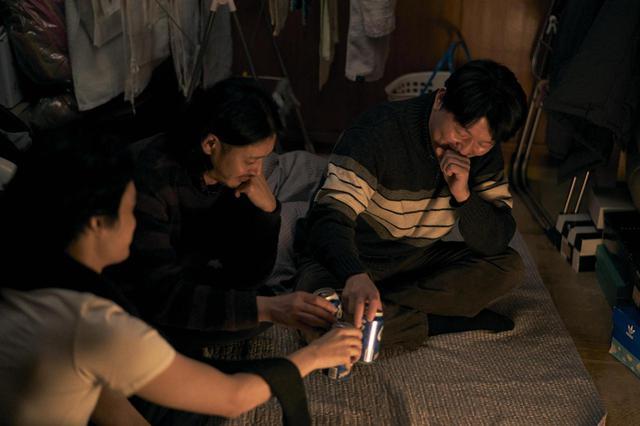 """画像3: 池松壮亮、オダギリジョーがソウルで出会った 韓国の3兄妹と共に旅する--石井裕也監督による誰も見たことのない""""アジアの家族映画""""『アジアの天使』場面写真が解禁!"""