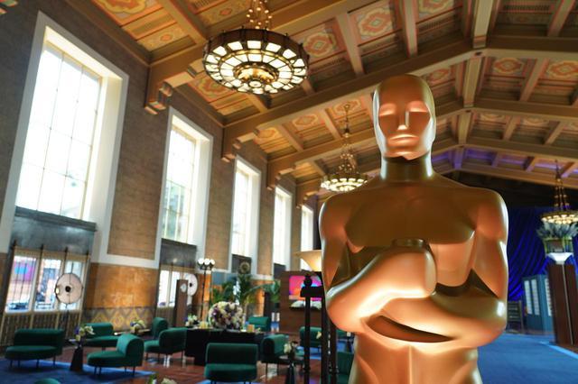 画像: アカデミー賞受賞結果!『ノマドランド』がアジア系女性監督として初の作品賞、監督賞&主演女優賞の三冠!喜びのコメント到着!主演男優賞は、アンソニー・ホプキンスは史上最高齢で受賞!