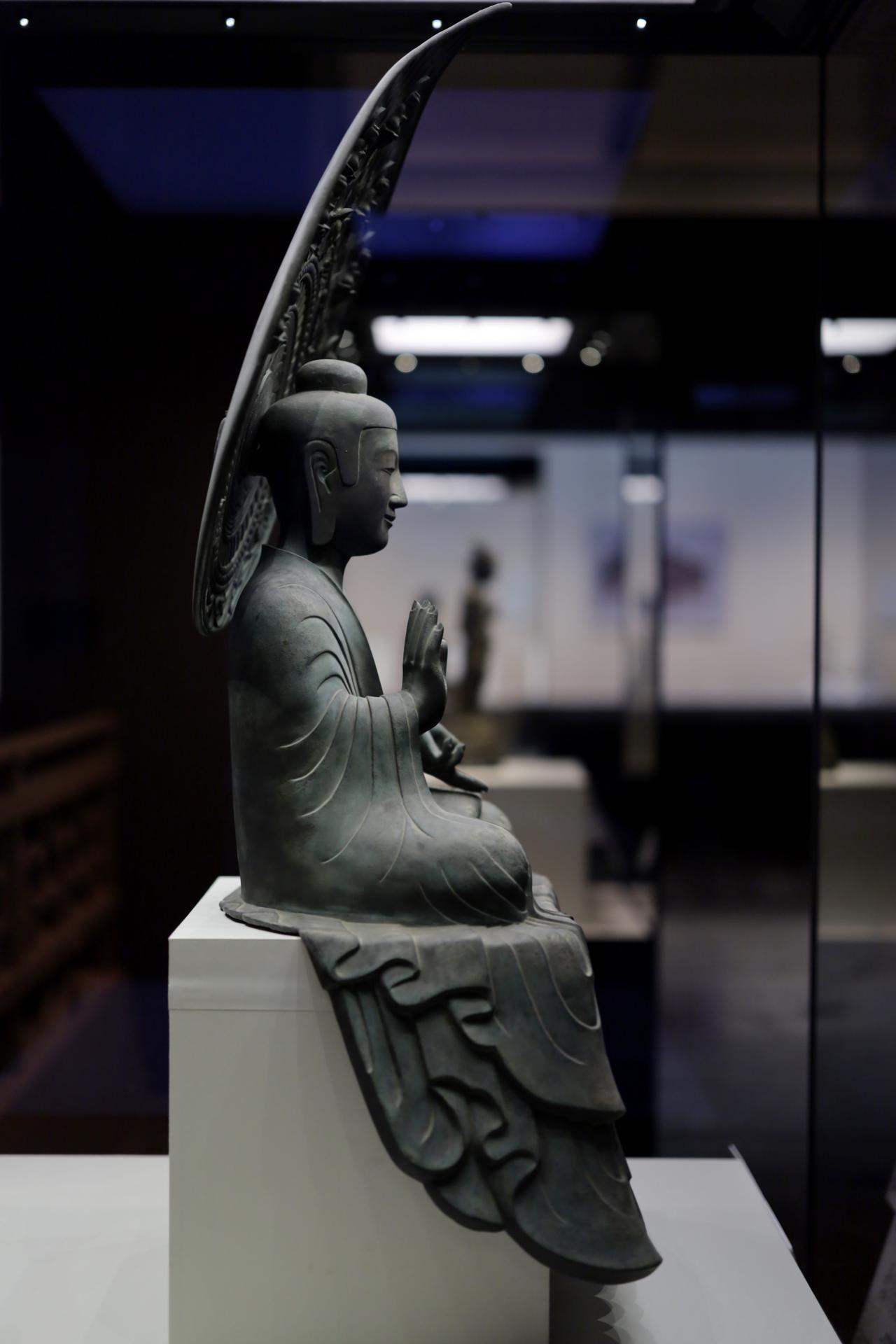 画像: 薬師如来坐像 飛鳥時代7世紀 奈良・法隆寺(金堂東の間に安置)国宝