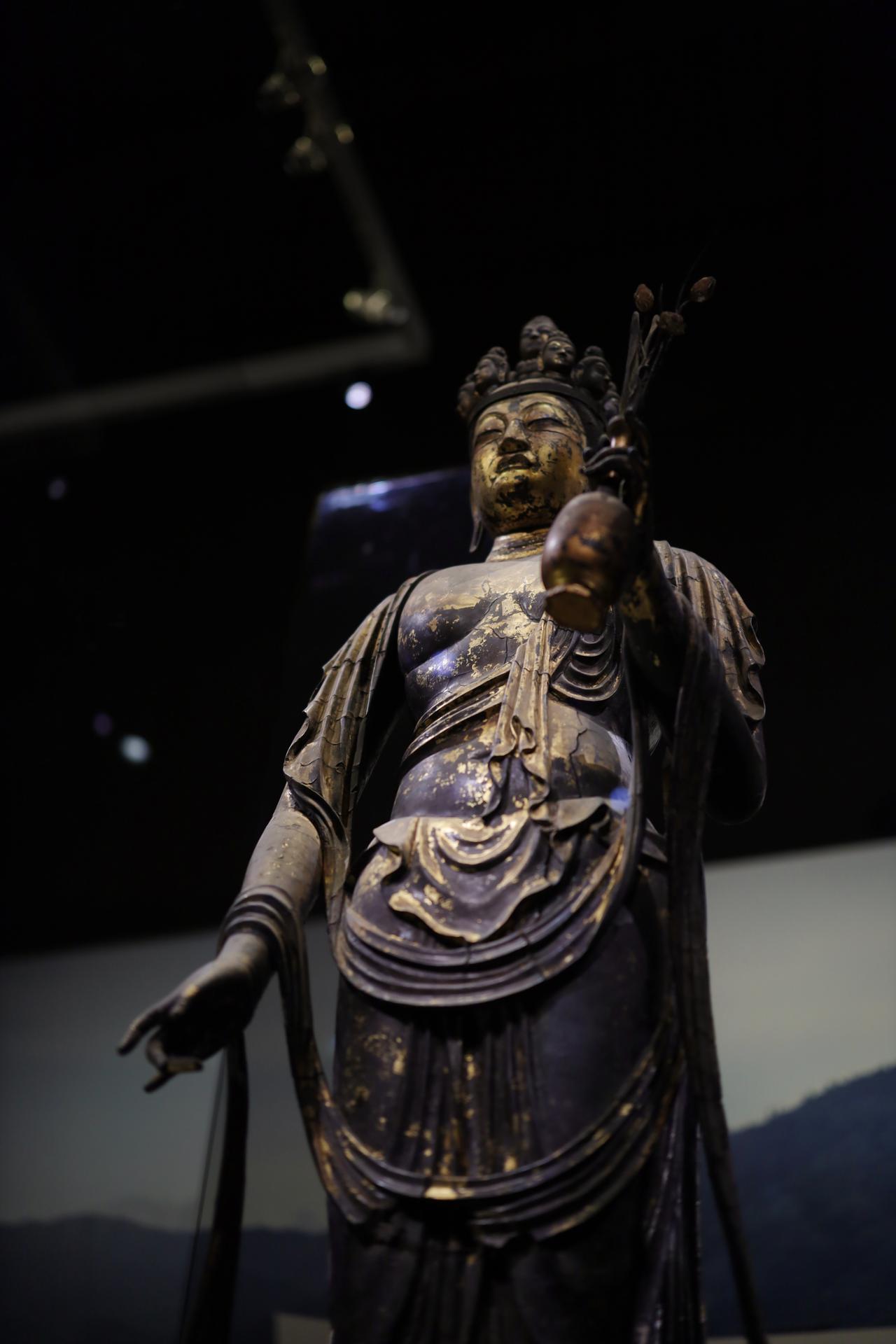 画像2: 国宝 十一面観音菩薩立像(部分) 奈良時代・8世紀 奈良・聖林寺蔵
