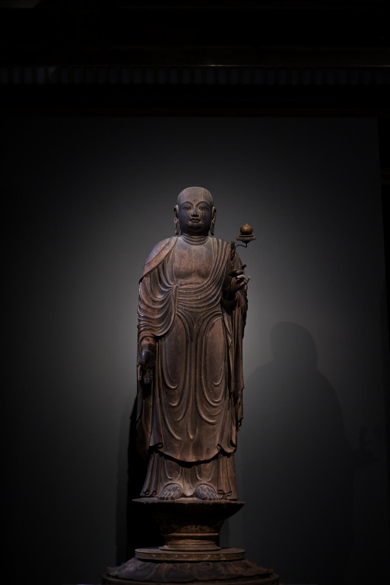 画像1: 国宝 地蔵菩薩立像 平安時代・9世紀 奈良・法隆寺蔵