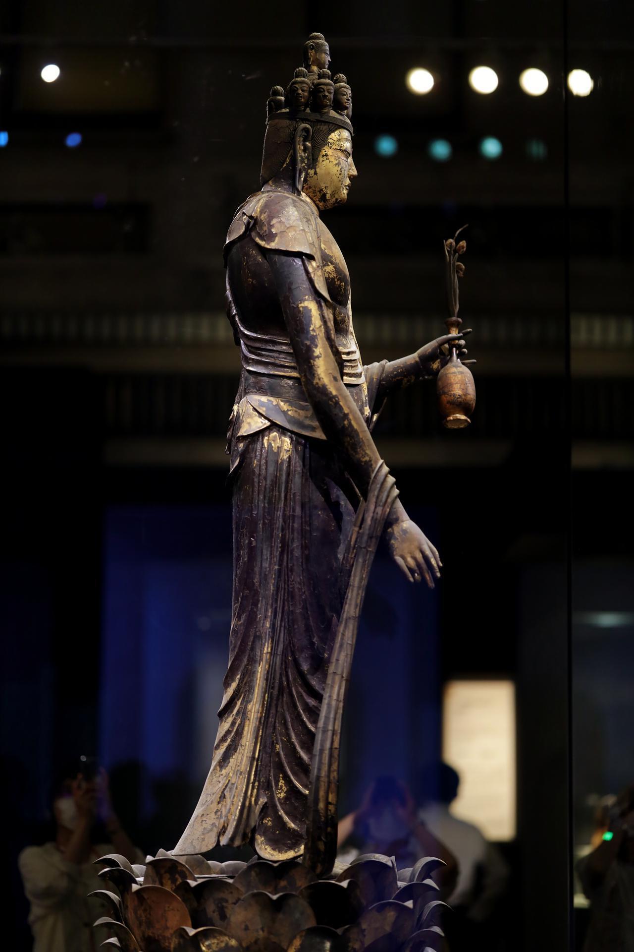 画像5: 国宝 十一面観音菩薩立像 奈良時代・8世紀 奈良・聖林寺蔵
