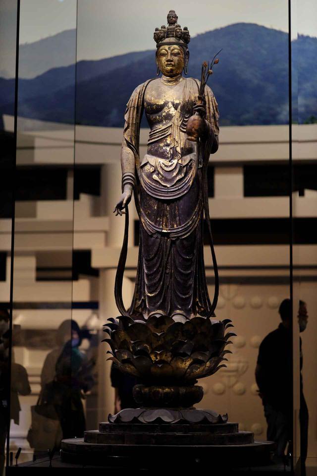 画像2: 国宝 十一面観音菩薩立像 奈良時代・8世紀 奈良・聖林寺蔵