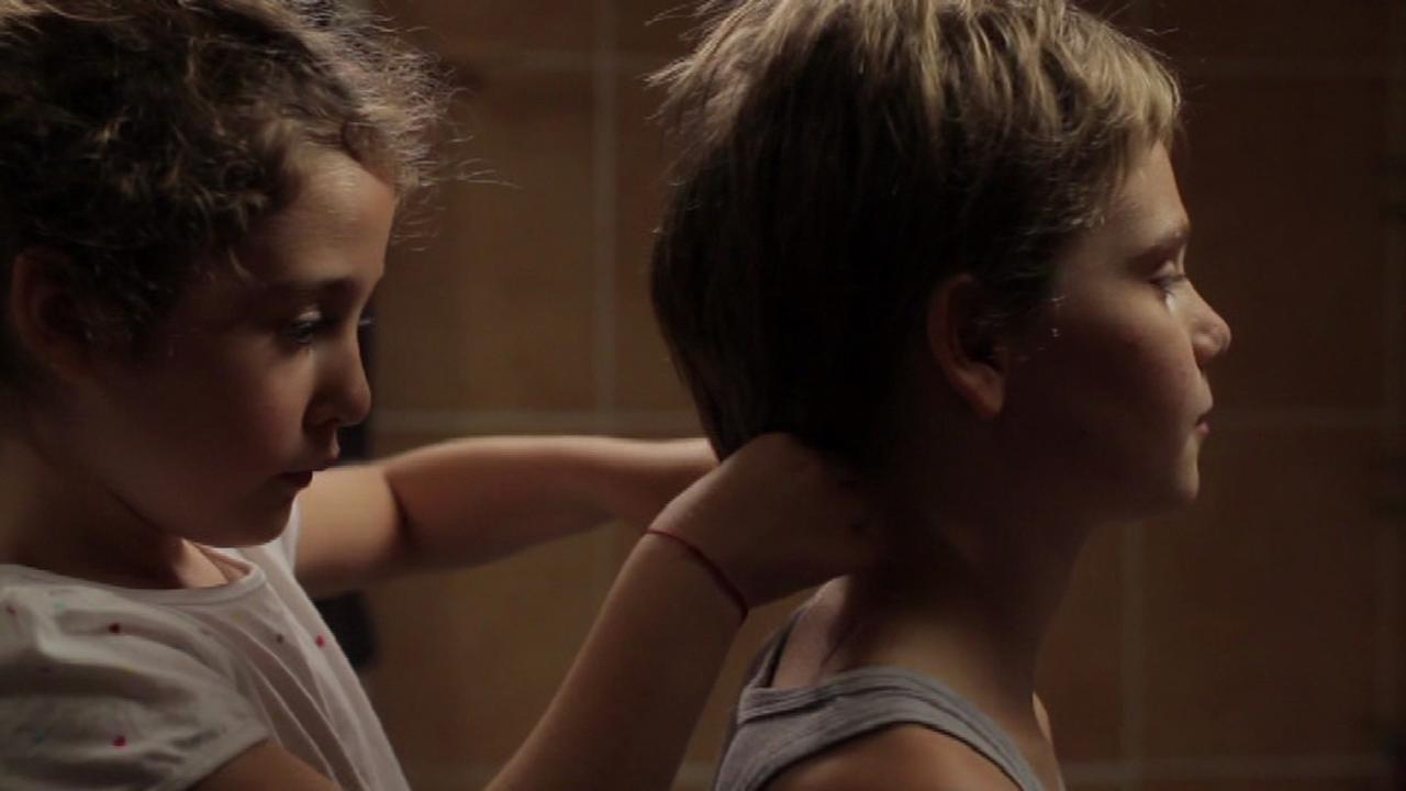 画像1: © Hold-Up Films & Productions/ Lilies Films / Arte France Cinéma 2011