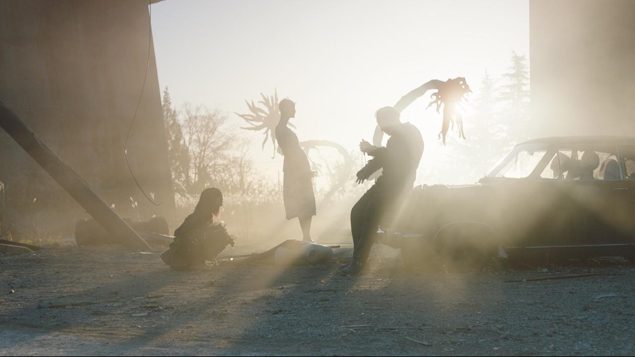 画像1: ニコラス・ケイジ主演による園子温監督のハリウッドデビュー作『プリズナーズ・オブ・ゴーストランド』ティザービジュアル&日本人キャストも解禁!