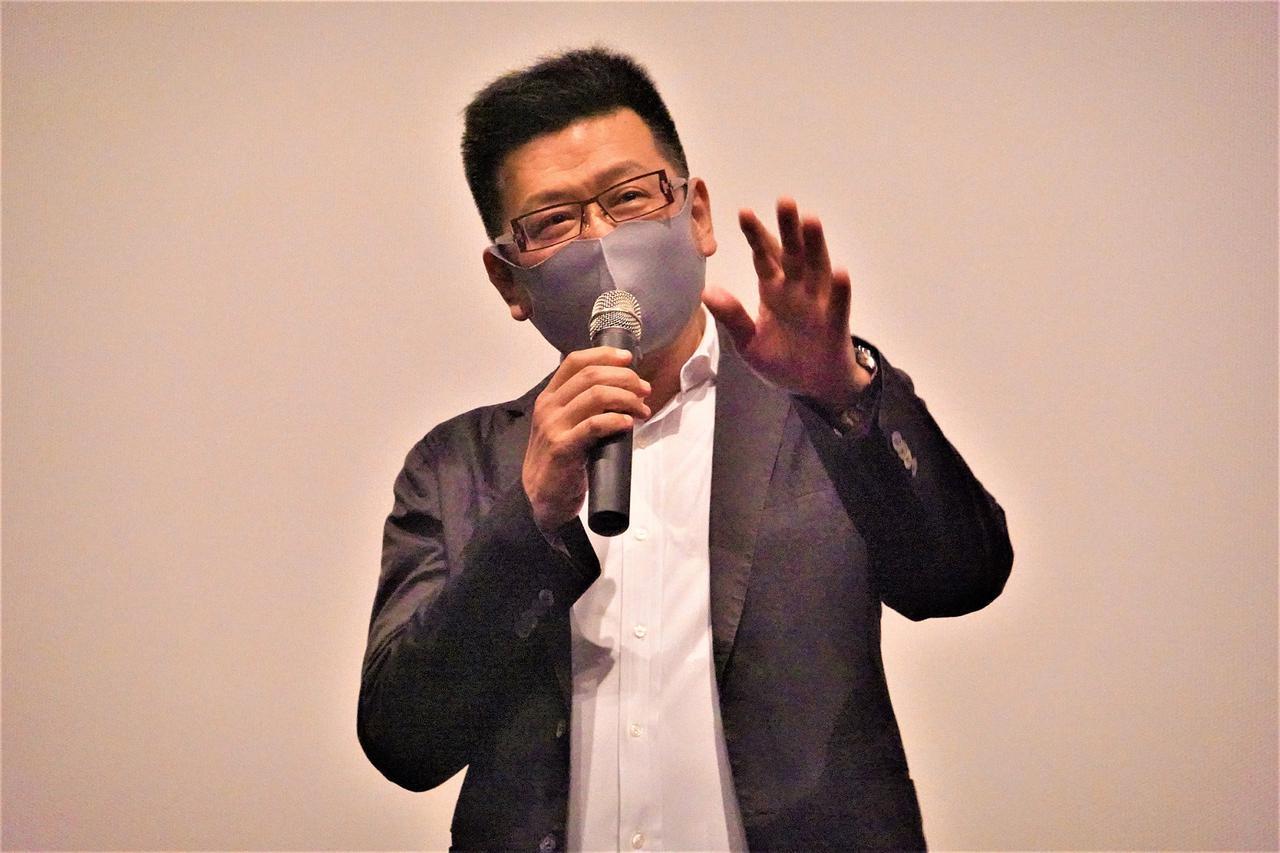 画像: 内山雄人監督
