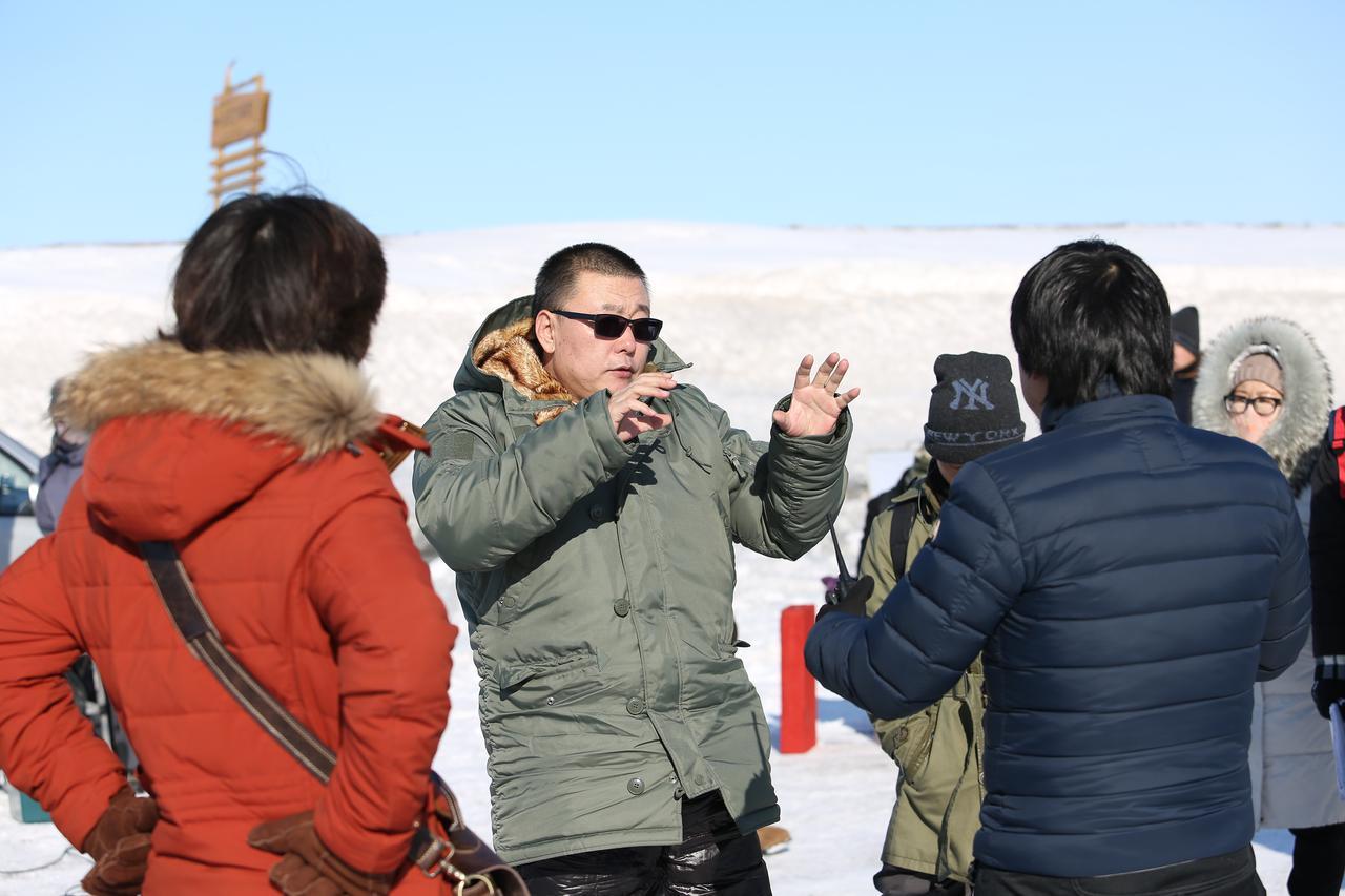 画像2: ワン・ルイ (王瑞)監督