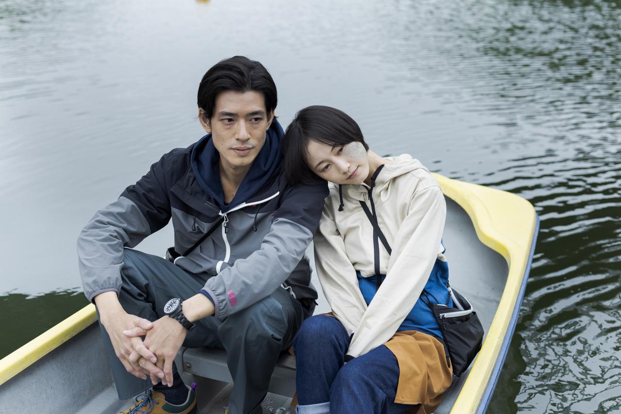 画像: ©島本理生/集英社 ©2021映画「よだかの片想い」製作委員会