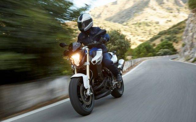 画像: 【BMW F 800 R 新型発表】真のオールラウンダーへと進化した走り[動画]