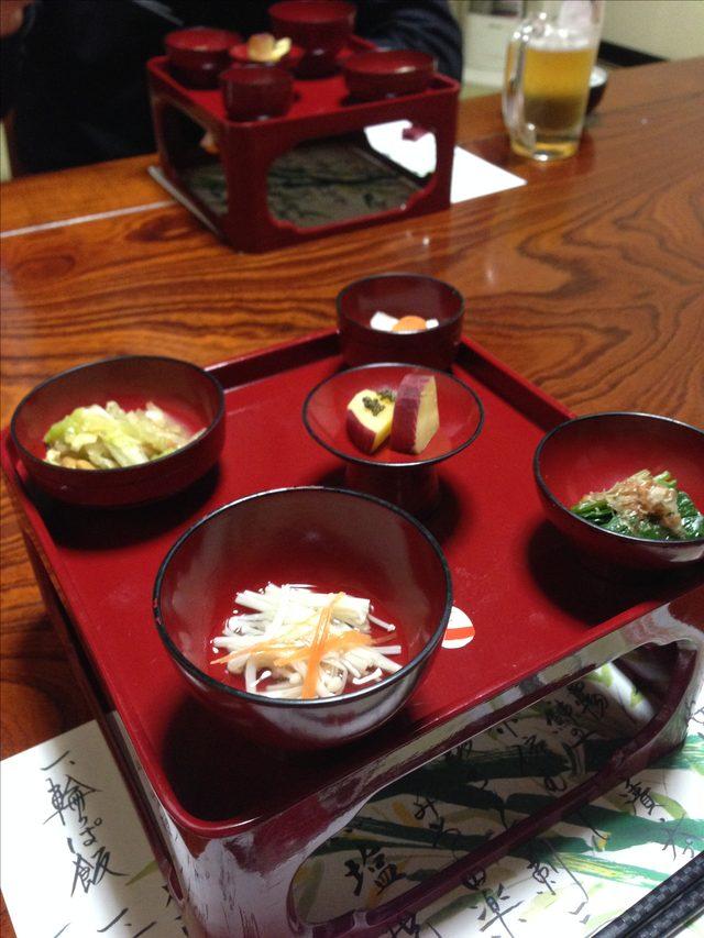 画像2: 会津若松でのツーメシなら名物の馬料理を堪能しよう「鶴我会津本店」