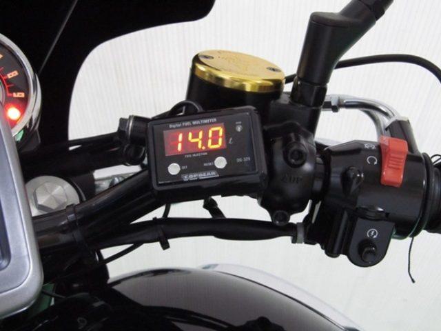 画像: プロテック、W800 Fi車専用デジタル燃料計を発売...10cc単位で計測可能