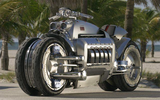 画像1: 【世界最速バイク】マッハ0.55(時速670km)のダッジ・トマホーク!
