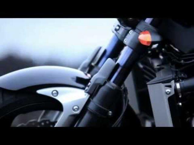 画像: そのバイク、凶暴につき。Vmaxの無駄な迫力に心を溶かされる!