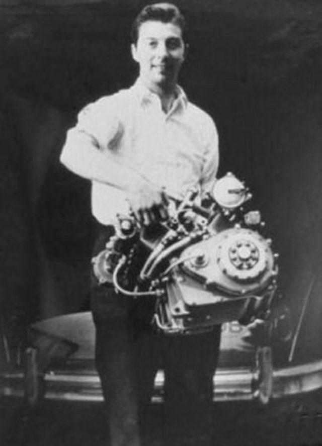 画像5: 伝説のV型8気筒グランプリバイク・・・MOTO GUZZI V8