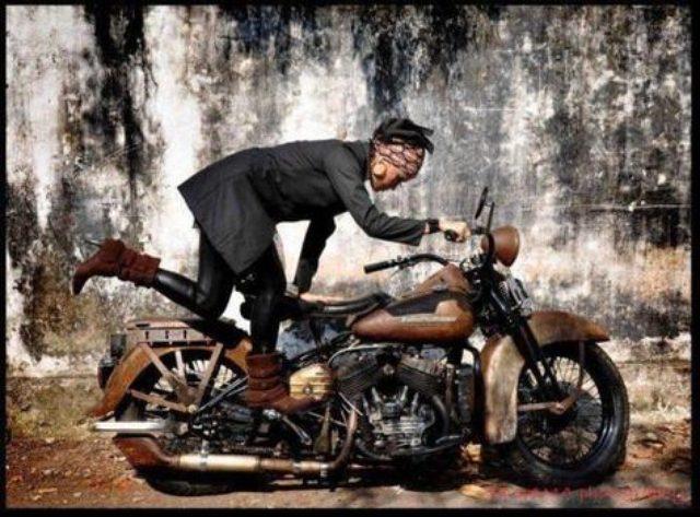 画像: キックスタートはもう古い? これからはハンドだ!(*個人の感想です) - LAWRENCE(ロレンス) - Motorcycle x Cars + α = Your Life.