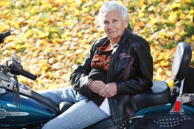 画像: クリフトン在住のグロリアさん。バイク歴は16歳から! imgick.nj.com