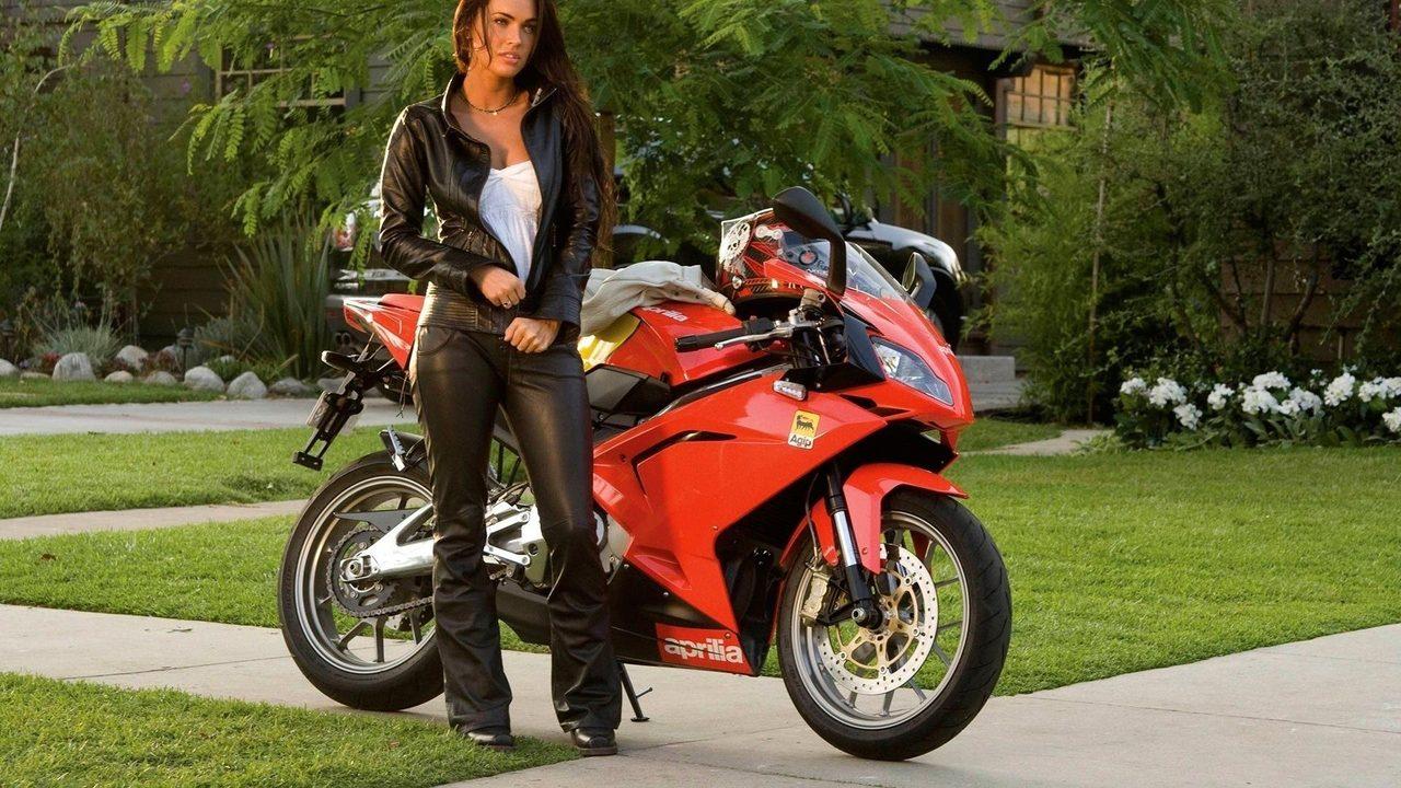 画像: Megan Fox Transformers 2 p1.pichost.me