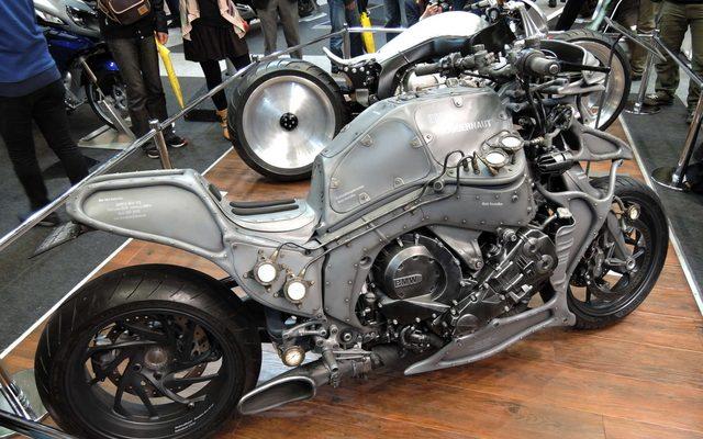 画像: 【東京モーターサイクルショー15】過激なカスタムモデルが見せるBMWの新しい世界