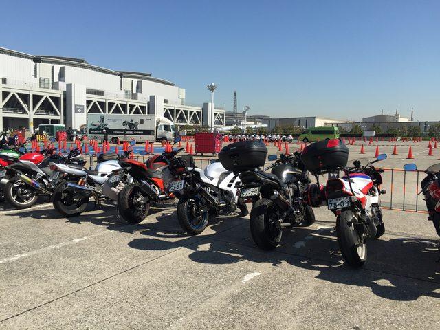 画像3: 東京モーターサイクルショー周りのバイクたちをスナップ!