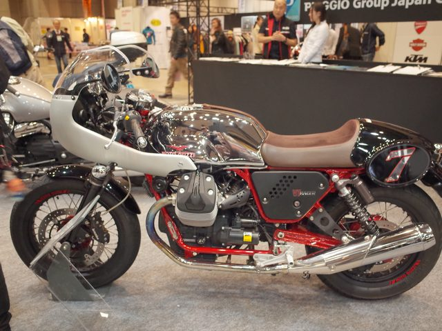 画像: Moto Guzzi V7 Racer Limited Version www.piaggio.co.jp