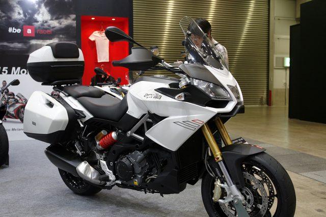 画像1: 世界スーパーバイク選手権マシンのルックスを纏う