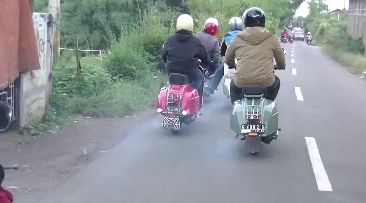 画像: 熱帯ど真ん中のインドネシアを旅する冬支度のベスパ乗り - LAWRENCE(ロレンス) - Motorcycle x Cars + α = Your Life.