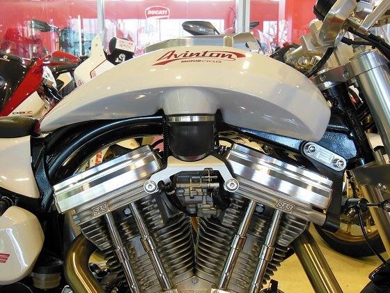 画像: ハーレーベースのカスタムバイク ビモータ