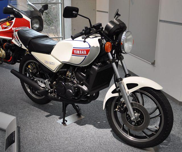 画像: トーマスが選ぶ【カネがあったら買っちゃうぞ】のバイク:第4回ヤマハ RZ250   - LAWRENCE(ロレンス) - Motorcycle x Cars + α = Your Life.