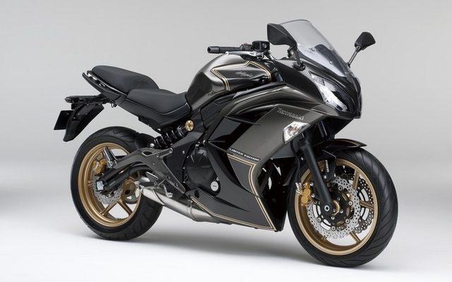 画像: カワサキ Ninja 400、カーボングラフィックの限定モデルを発売