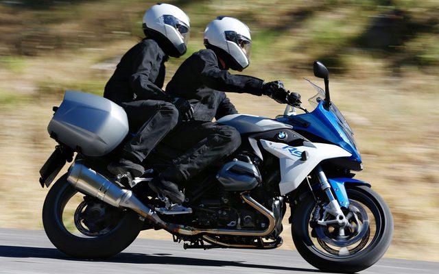 画像: BMW、フルカウルモデル R1200RS を6月5日に発売