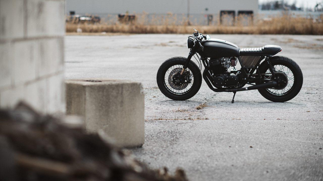 画像: カナダからの手紙(古)、ではなくカナダからのカスタム。CLOCKWORK MOTORCYCLESが、モノクロームの味わいを提案。 - LAWRENCE(ロレンス) - Motorcycle x Cars + α = Your Life.