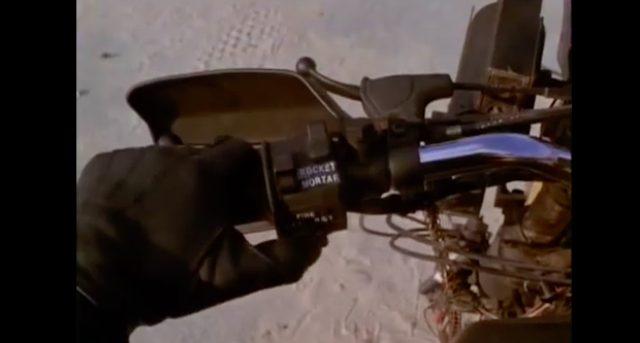 画像2: ミサイルを装備(2本しかないけど)!銃撃はウィリーで避ける!