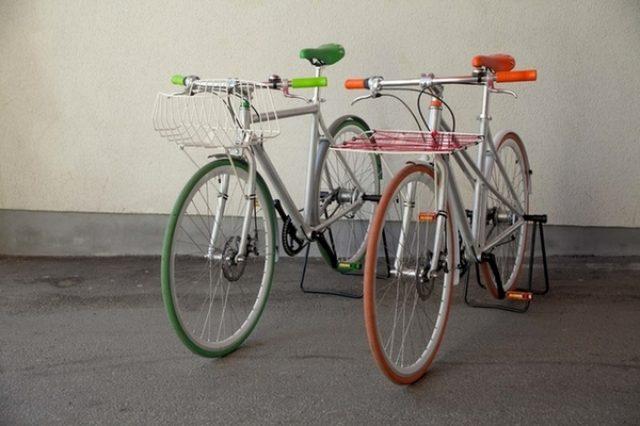 """画像: クラウドから位置情報を管理...""""レトロ新しい"""" 北欧調スマート自転車"""