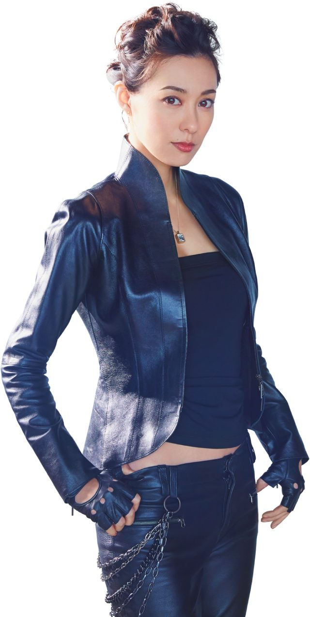 画像: クールなライダーウェアに身を包んだ吹石一恵さん www.arax.co.jp