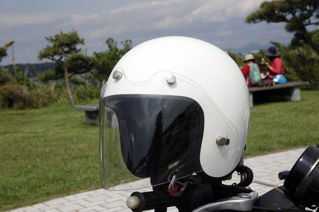 画像: ジェットヘルメットに不可欠な美しいシルエット