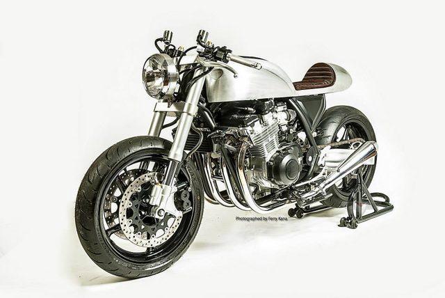 画像: インドネシアのカスタムビルダー White Collar Bikesが銀灰色の強烈カスタムを販売開始 - LAWRENCE - Motorcycle x Cars + α = Your Life.