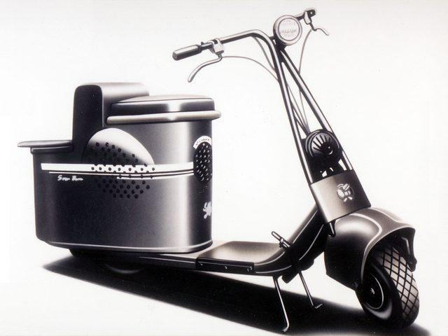 画像: シルバービジョンC-10型(1946年)。アメリカのサルスベリー社製モータグライドを手本に開発されました。無段変速のアイデアは日本独自のものではありませんが、日本のスクーター製造業者は上手にその技術を自分たちのものにしました。 www.jsae.or.jp