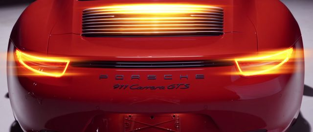 画像: 911 Carrera GTS www.youtube.com