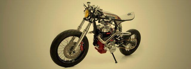 画像: サーフボードのようなシート www.edturner-motorcycles.com