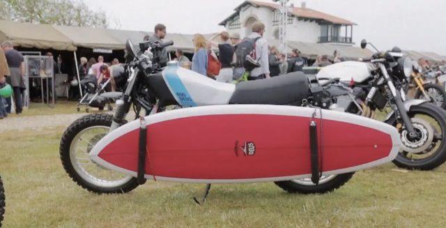 画像: 文字通り、サーフとバイク(Deusだね!)があったり、 www.youtube.com