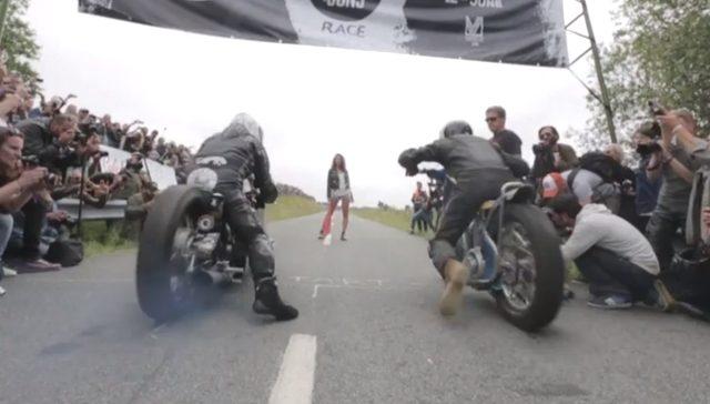 画像: 男の夢!ホットパンツの美女の仕切りでレースしちゃったり! www.youtube.com